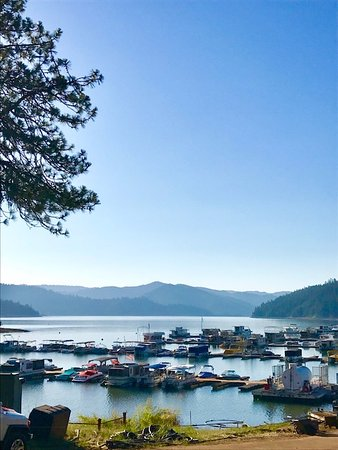 Trinity Lake Resorts & Marinas: View from top of dock at the Marina