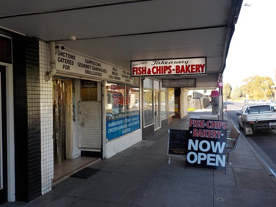 paula rocky s fish and chips bakery thomastown restaurant rh tripadvisor com au