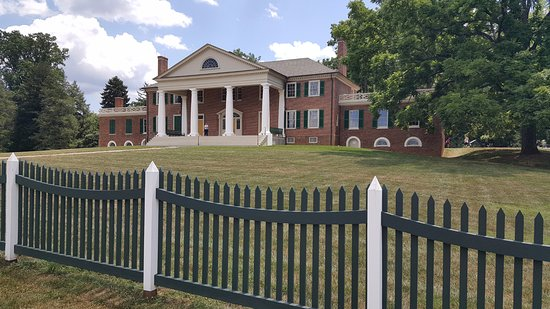 Montpelier Station, VA: Front of the Montpelier Mansion