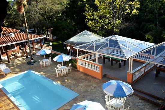 Hotel Marina Bella: piscina
