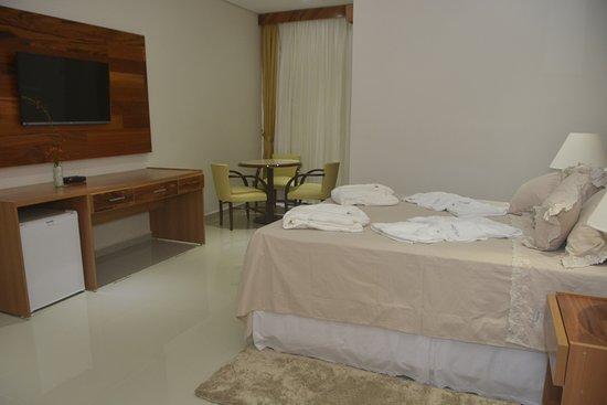 Hotel Marina Bella: master com hidromassagem