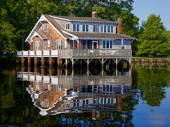 Beautiful building lining the Pasquotank River in Elizabeth City