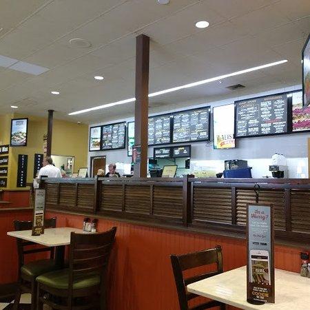 Matthews, NC: Inside the Restauant