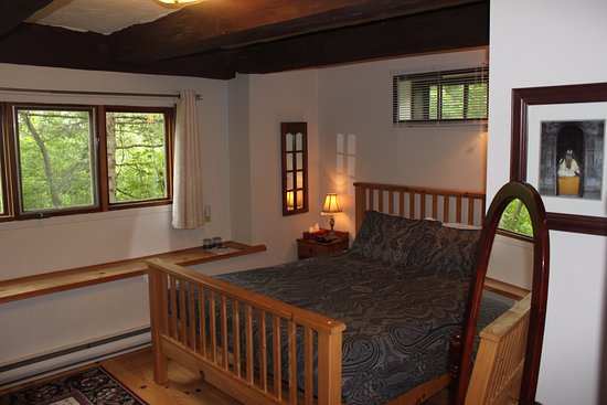 Wakefield room