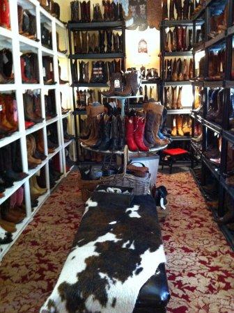 ฮิลส์โบโรห์, นอร์ทแคโรไลนา: boot room