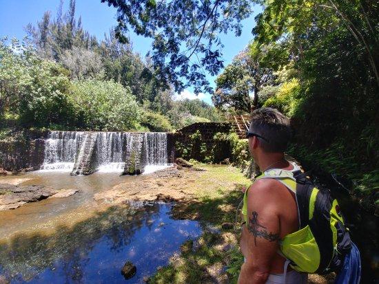 Kilauea, HI: stone dam