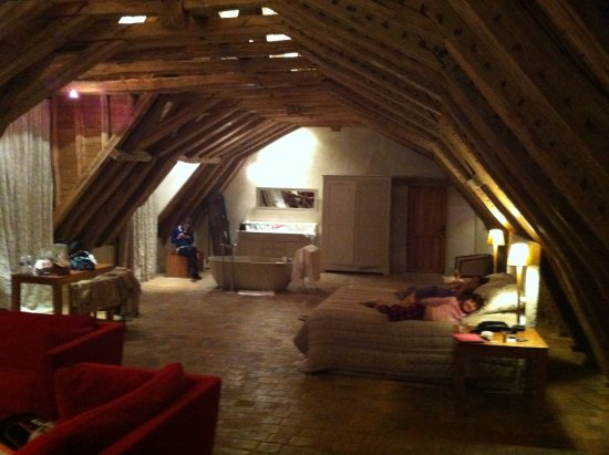 Saint Regle, Frankrike: Suite Quentin e Aymeric