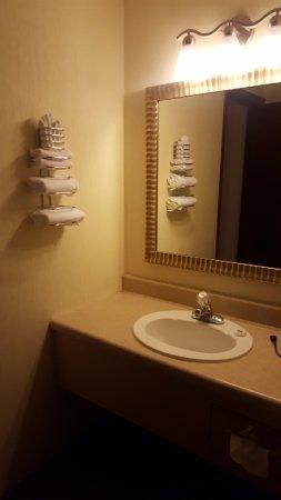 Foothills Inn: banheiro