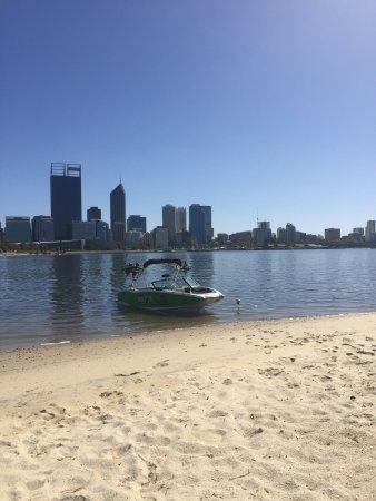 South Perth, Avustralya: Wake it up