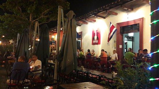 Calle La Calzada : 20170706_193734_large.jpg
