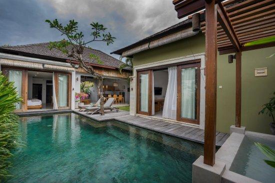 Pradha Villas: Refurbished Villa