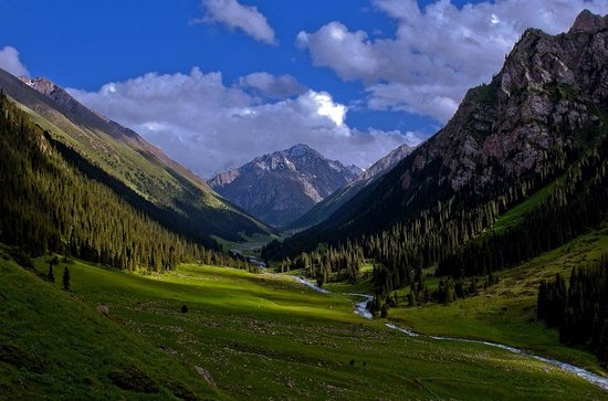 Teploklyuchenka, Kirgisistan: Ущелье Алтын -Арашан