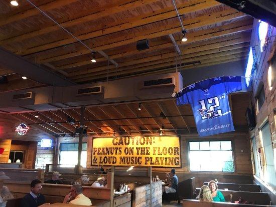 Logan's Roadhouse: photo0.jpg