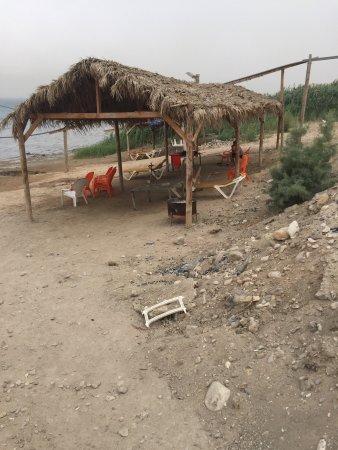 Kalia, Israel: Dunghill-Estercolero!