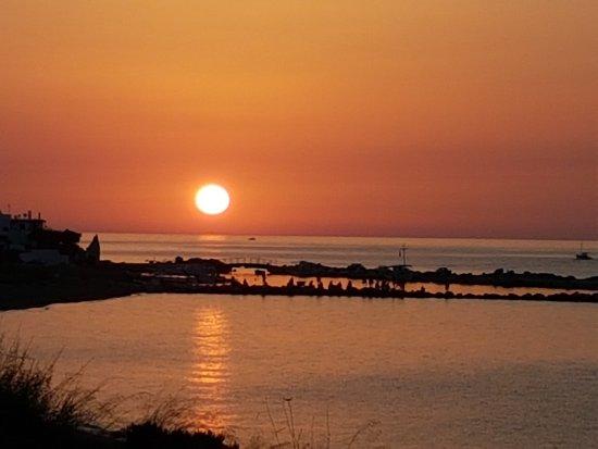 スキロス島