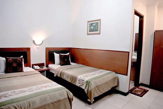 Cihampelas Hotel 2: Simple comfortable and clean