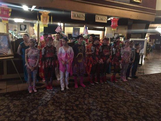 Branson, MO: Chinese Acrobats