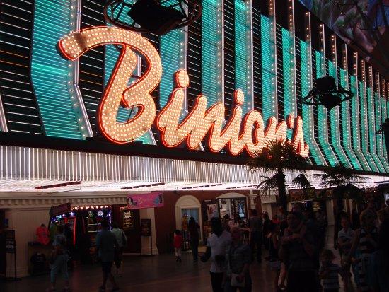 Binions gambling hall and casino casino harrahs pa