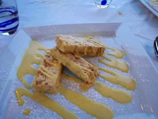 Terrazzamare restaurant: semifreddo con mandorle