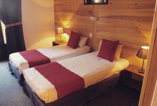 Hotel de la valentin les 2 alpes france voir les for Chambre 0 decibel