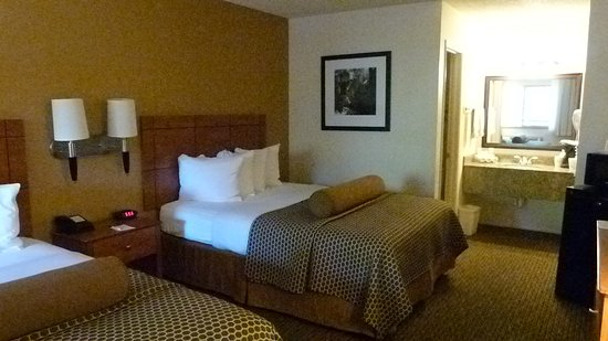 Best Western Inn of Pinetop: chambre spacieuse et confortable