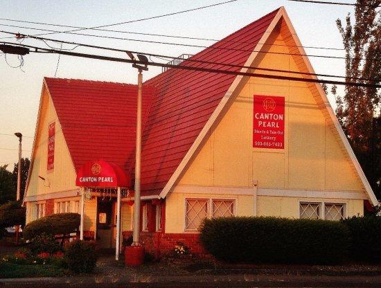 Gresham, Орегон: West side of the building