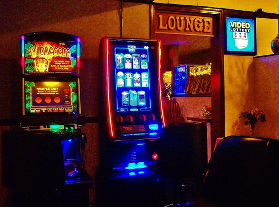 Gresham, Орегон: Video Poker area is right before you get to the Lounge
