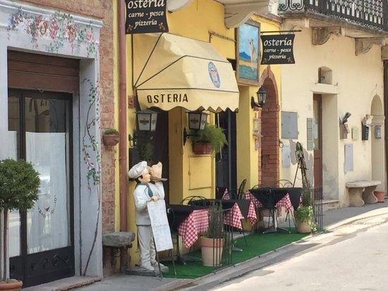 Bettolle, Italia: Entrance