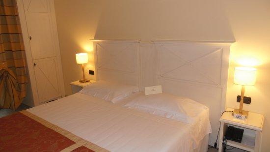 Entr e photo de hotel villa cappugi pistoia tripadvisor for Chambre 0 decibel