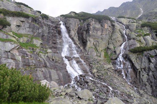 Stary Smokovec, Slovakia: Skok Waterfall