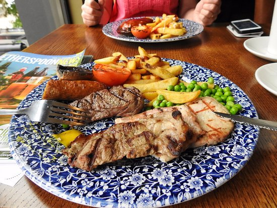 Chevalier Inn: The mixed grill