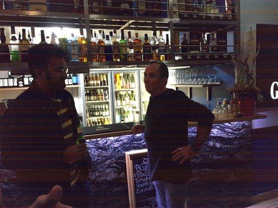 Danny 39 s bonefish bar and grill ballina restaurant for Captain steve s fishing lodge