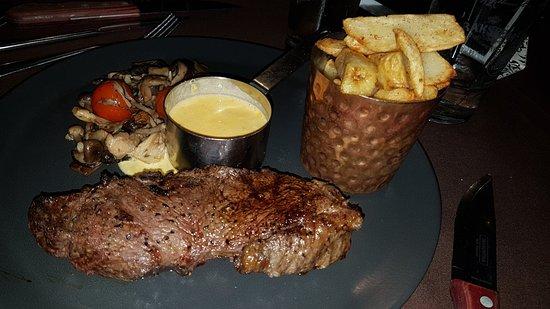Rawtenstall, UK: Sirloin Steak From The Grill Menu