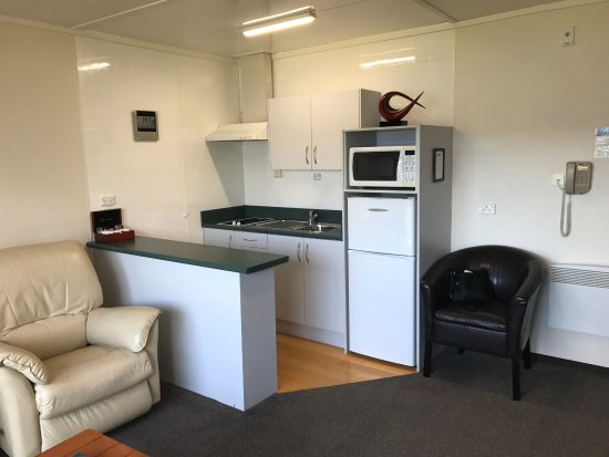 Fiordland Lakeview Motel and Apartments: photo2.jpg