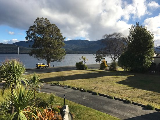 Fiordland Lakeview Motel and Apartments: photo5.jpg