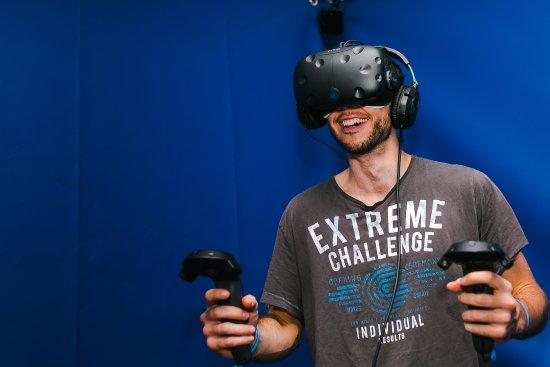 DNA VR Camden