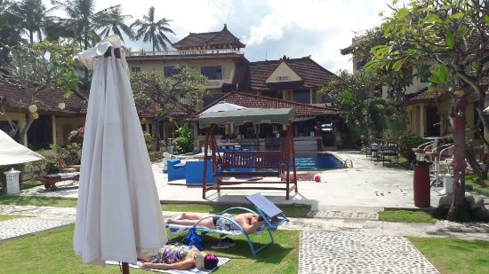 Bali Shangrila Beach Club : received_10214016160018940_large.jpg