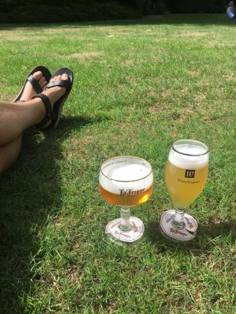 Beer Brewery de Koningshoeven: A blonde and a white beer