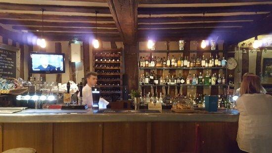 Brome, UK: el pub con variedad de licores nacional y local