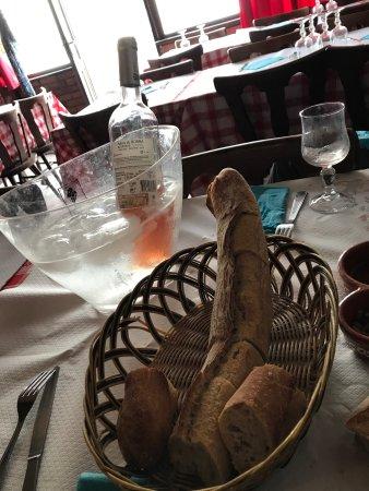 """Maxeville, Francia: Ici le pain est comme le patron """" toujours en pleine forme à 71 ans ! """""""