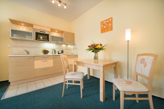 Andel apartments prague bewertungen fotos for Zimmer 94 prozent