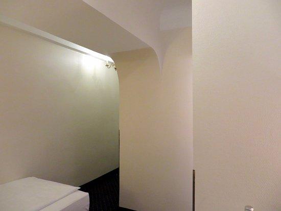 Aan De Muur : Iets aan de muur zou wel zo gezellig zijn bild von hotel