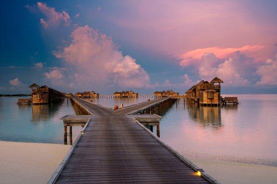 Gili Lankanfushi Maldives: Jetty 1 at sunset