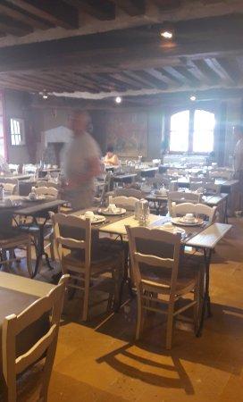 Hotel Ter Brughe: Breakfast room.