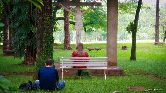 Mosteiro de Itaici: Jardim externo da ala C... espaço para oração, meditação, contemplação.