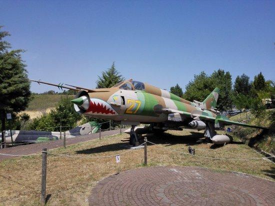 Aereo Da Combattimento Cinese : Aereo da combattimento picture of parco tematico dell