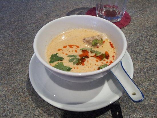Karlsfeld, Tyskland: Tom Kha Gai, die beste Suppe der Welt :-)