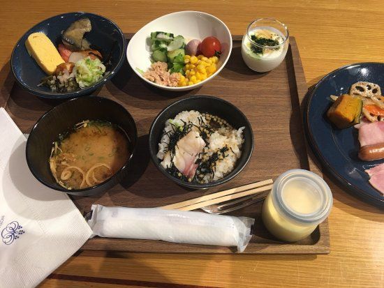Hotel Granvia Osaka: 朝食付きで良かったです(o^^o)