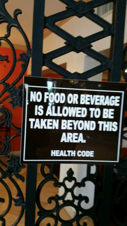 Comfort Inn Oceanside: FAKE HEALTH CODE SIGN