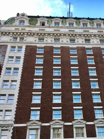Benson Hotel: Exterior